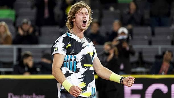 rublev-hamburg-2020-sunday-final-celebration